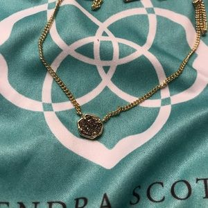 RETIRED Kendra Scott necklace